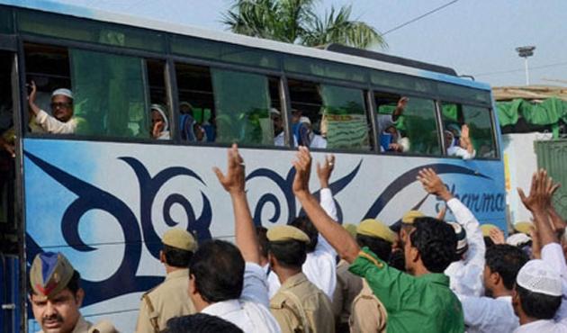 Hindistan Müslümanlara verdiği hac yardımını kaldırdı