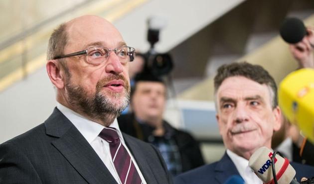 Almanya'da gözler SPD'nin olağanüstü kurultayında