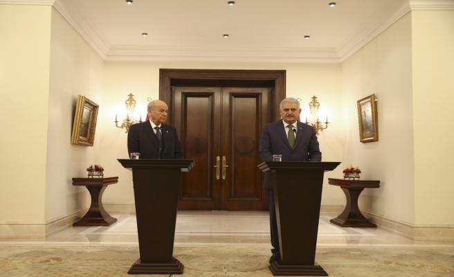Başbakan Yıldırım: Yarın kara unsurlarımız da gerekli faaliyetleri icra edecek