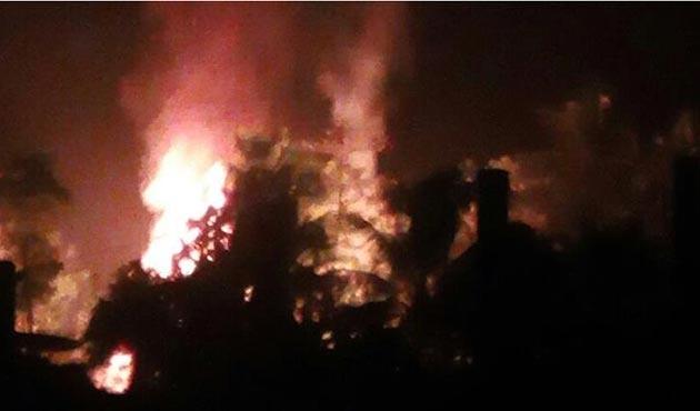 Arakan'da Müslümanların evleri yakılmaya devam ediyor