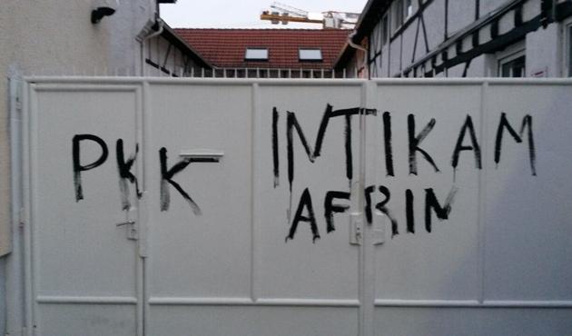 Almanya'da PYD/PKK yandaşları camiye saldırdı