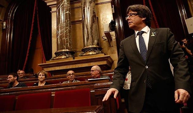 Katalonya Parlamentosu'nda Puigdemont'un başkanlığı oylanacak