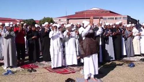 Cape Town'da kuraklık nedeniyle Müslümanlar yağmur duasına çıktı