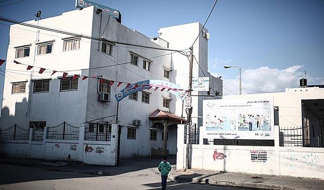 Gazze'deki elektrik krizi nedeniyle hastaneler bir bir kapanıyor