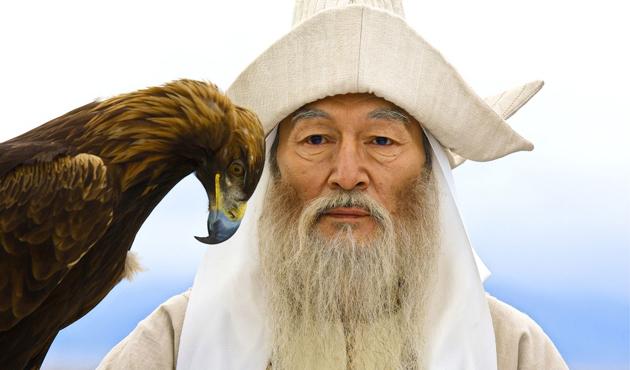 Kazakistan'da 'sakal uzunluğu' tartışmaları