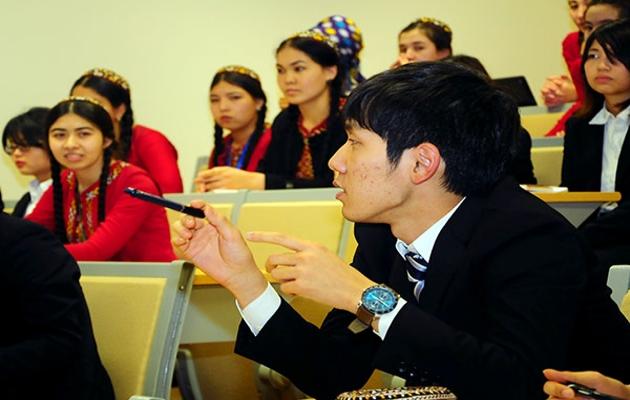 Türkmenler arasında Türkçe yaygınlaşıyor
