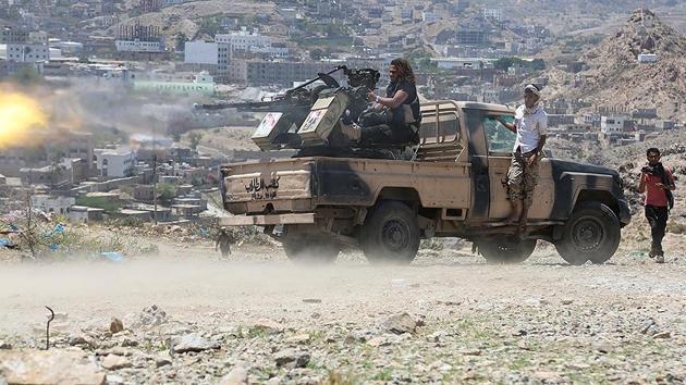 Yemen hükümeti Aden'i kaybetme tehdidiyle karşı karşıya