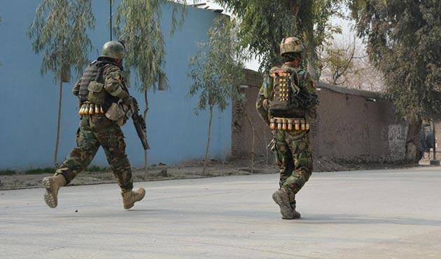 Taliban, Afganistan'da parti binasına saldırdı: 5 ölü