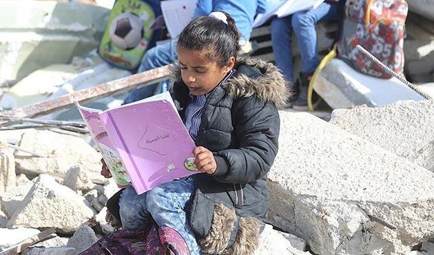 İşgal güçleri Filistinlilere ait okulun bir kısmını yıktı