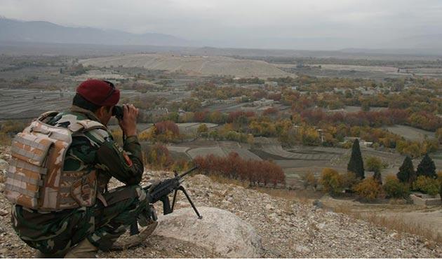 Afganistan'daki operasyonlarda 25 DEAŞ üyesi öldürüldü