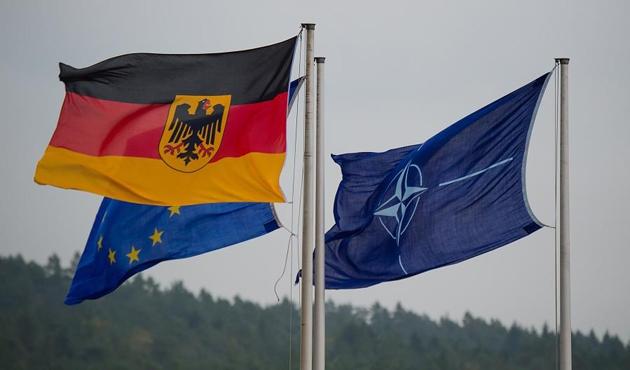 NATO'nun Rusya'ya karşı yeni komuta merkezleri planladığı iddiası