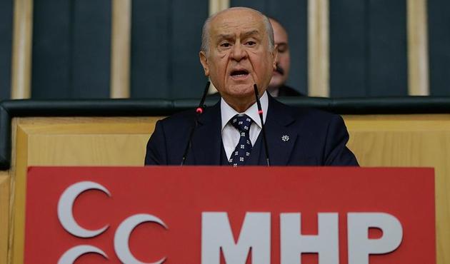 Bahçeli: Kimse Türk milletine Münbiç'ten parmak sallamaya kalkışmasın