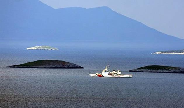 Deniz Kuvvetlerinden Kardak'ta önleme devriyesi