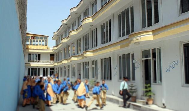 Maarif Vakfı Afganistan'daki FETÖ okullarını devraldı