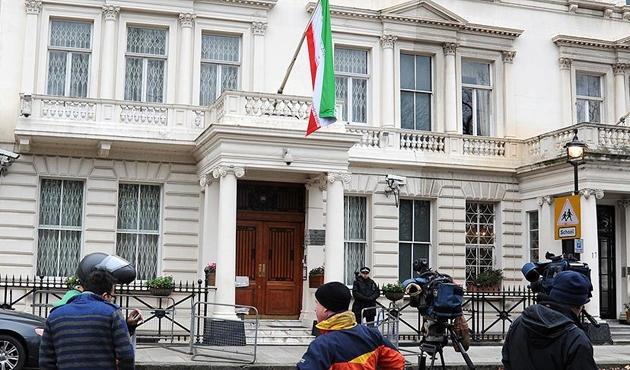 İran'dan İngiltere'ye 'büyükelçiliğe saldırı' suçlaması