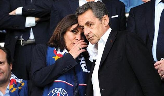 Sarkozy'e Afrika yasağı geldi