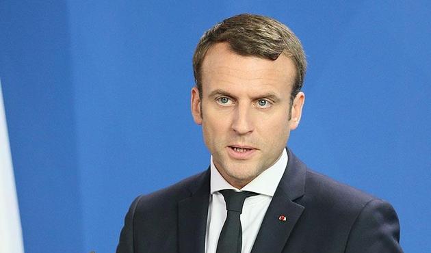 Macron: Biz bu operasyon ile Türkler ve Rusları ayırmayı başardık