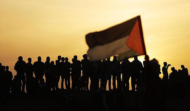 Yahudi işgalcinin yaraladığı Filistinli şehit oldu