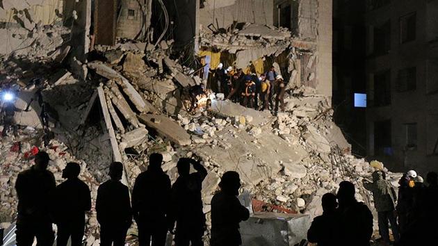 İdlib'de hava saldırısı: 20 ölü, 80 yaralı
