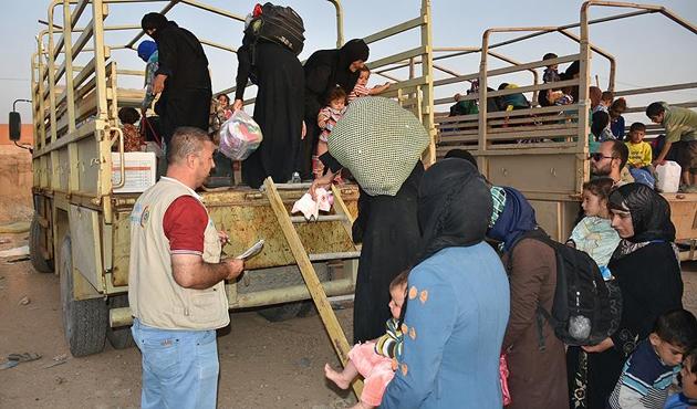 DEAŞ'tan kurtarılan Irak'ın Havice ilçesine dönüşler sürüyor