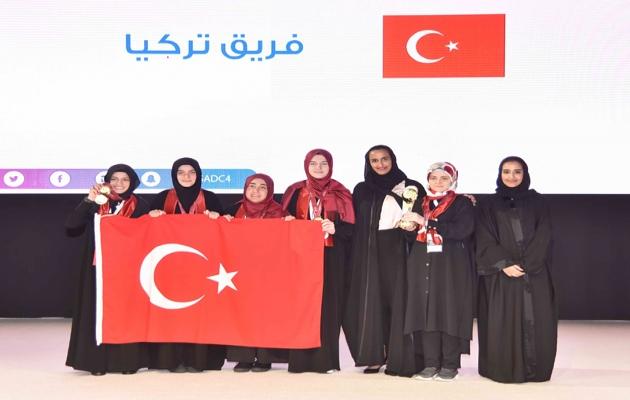 İmam hatipli kız öğrenciler dünya şampiyonu oldu