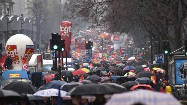 Fransız üniversitelerindeki blokaj eylemleri sürüyor