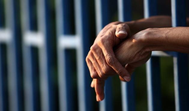 Bahreyn'de terör ve casusluktan 115 kişiye hapis cezası