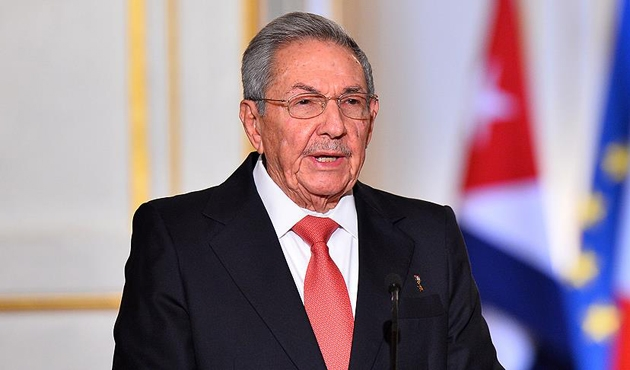 Küba'da bir devir kapanıyor