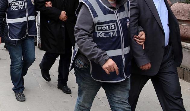 MİT operasyonu ile Gabon'dan getirilen 3 FETÖ şüphelisine tutuklama