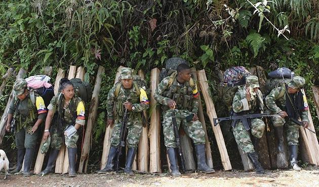 Kolombiya'da FARC muhaliflerinden askerlere bombalı saldırı