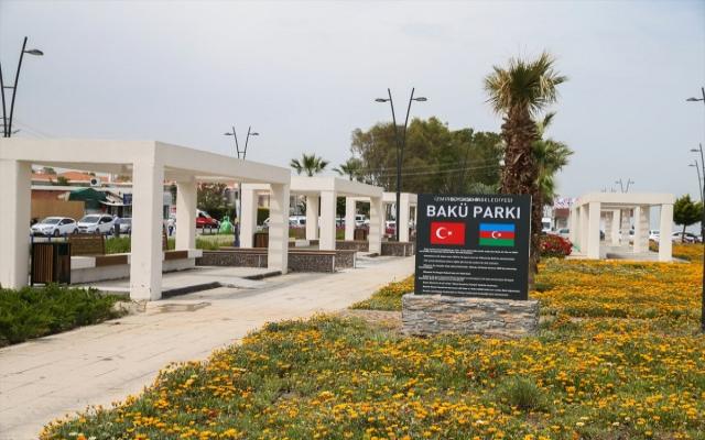 İzmir'e kardeş şehir Bakü parkı
