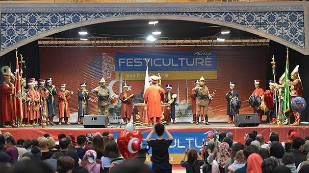 Fransa'da yapılan Türkiye festivallerine büyük ilgi