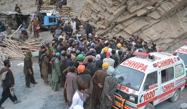 Pakistan'daki maden kazasında ölü sayısı artıyor