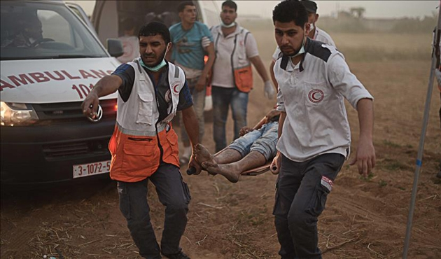 İşgal güçleri Gazze'de 3 Filistinliyi yaraladı