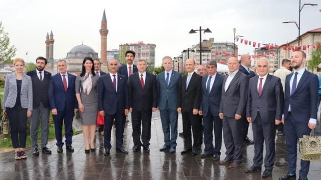 Makedonya Cumhurbaşkanı Ivanov Sivas ziyaretini tamamladı