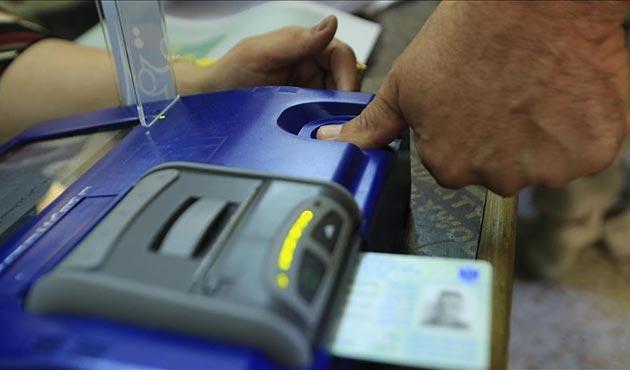 Irak'ta araç dolaşımı ve uçak seferleri yasağı kalktı