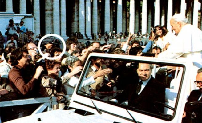 Ağca'nın Papa suikastinin üzerinden 37 yıl geçti