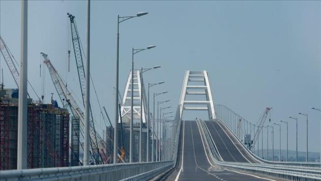 Rusya ile Kırım arasındaki Kerç köprüsü açıldı