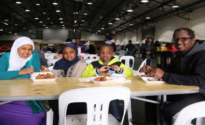 Avustralya'da Müslümanlar ilk oruçlarını açtı