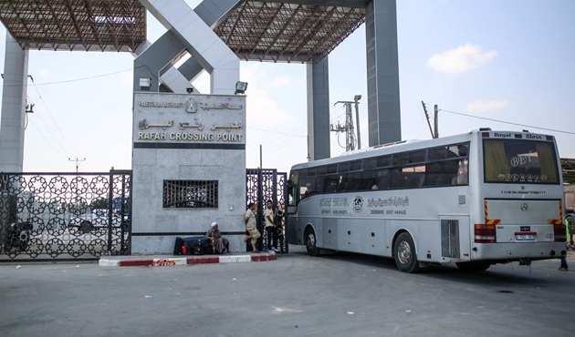 Refah Sınır Kapısı Ramazan ayına özel açıldı
