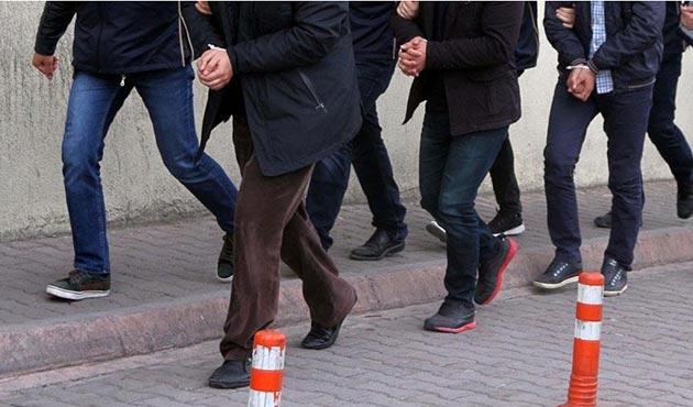FETÖ'nün İzmir'deki evlerine operasyonda 23 tutuklama