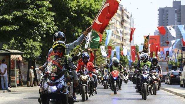 Motorcular İsrail'in Gazze katliamına tepki gösterdi