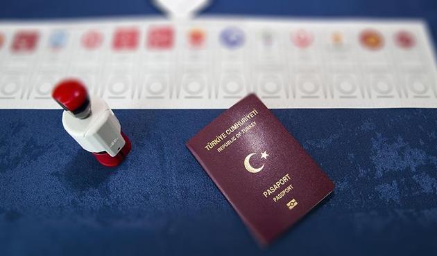 Hollanda'daki Türkler 24 Haziran'ı bekliyor