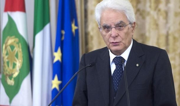 Mattarella hükümeti kurma görevini Conte'ye verdi