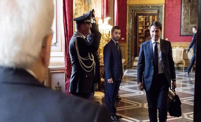 Conte, hükümeti kurma görevinden vazgeçti