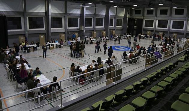 Kolombiya'da devlet başkanı seçimi ikinci tura kaldı