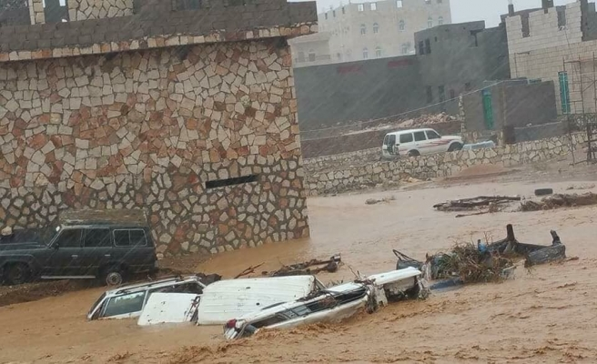 Sokotra Adası'ndan aileler tahliye edildi