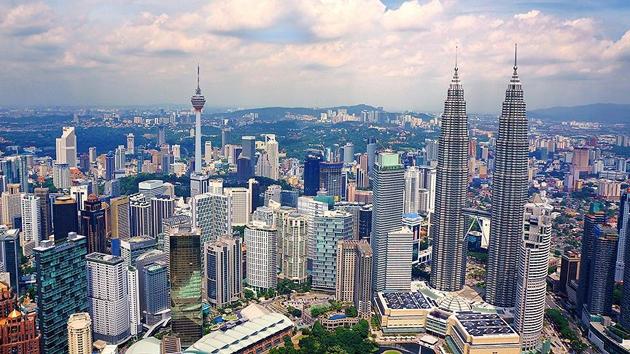 Malezya'da ülke borcu için bir haftada 9 milyon dolar toplandı
