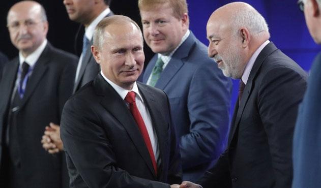Putin'e dokunamayan oligarklarına dokunuyor