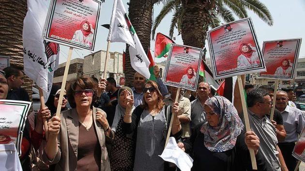 Filistinliler Rezzan hemşire için gösteri düzenledi